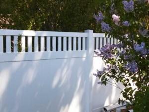 poly vinyl fence